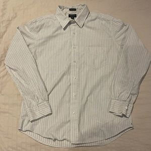 American Eagle Outfitters Slim Fit Shirt - M